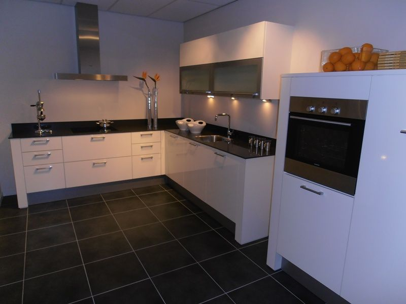 Design Hoogglans Keuken : Keukens witte hoogglans design keuken